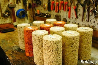Hempcrete/hemplime samples for mechanical strength tests.