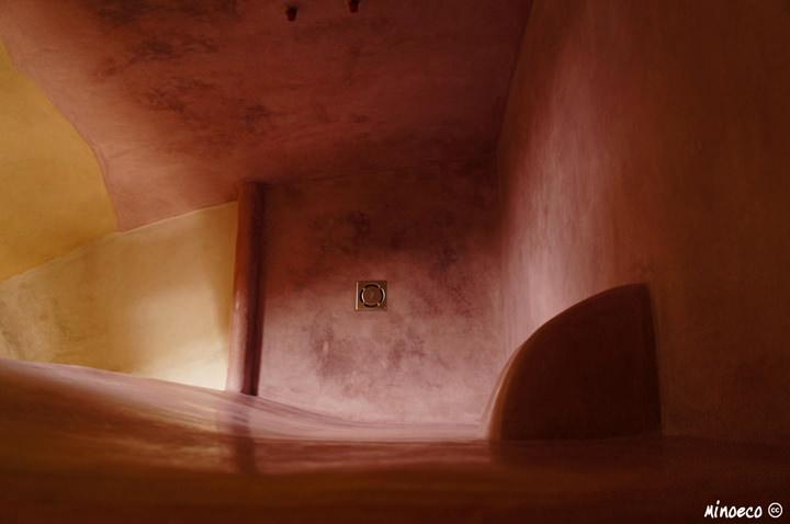 Tadelakt shower. Austria